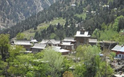 kinnaur and lahaul spiti tour package in green season.