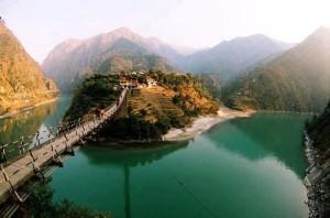 Tirthan-Valley-02-Himachal-Pradesh-bestadwise
